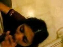 सोफे पर एक अच्छा रैक के साथ सेक्सी वीडियो फुल मूवी हिंदी सेक्सी फूहड़