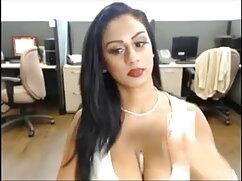 गोरा लड़की लेटेक्स सूट हिंदी वीडियो सेक्सी फुल मूवी में हस्तमैथुन करती है