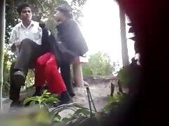 एक नाव पर शौकिया माँ डीप गले हिंदी वीडियो फुल मूवी सेक्सी