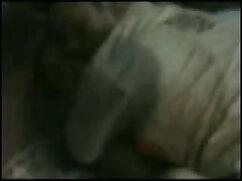 हॉट नंगे पाँव 19 साल पुराने एक पुराने आदमी द्वारा गड़बड़ हो जाता हिंदी में फुल सेक्स मूवी है।