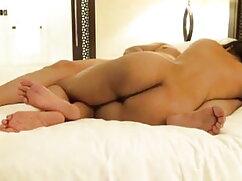 उसके घुटनों के गहरे गले पर Cory कैनेडी हिंदी में सेक्सी वीडियो फुल मूवी